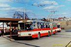 Trolejbus 15 Tr ev.è. 414 obsluhuje nástupní zastávku Doubravka. - 1.3.1995