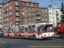 Škoda 15 Tr ev.č. 528 zatáčí z Hrnčířské ulice. - 18.8.2009