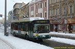 Škoda 24 Tr ev.č. 499 vypravená nezvykle na linku 16 zachycena na Americké. - 24.2.2013