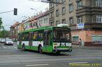 Škoda 14 TrM ev.č. 456 na odkloněné lince 12 křižuje Klatovskou třídu. - 6.5.2013
